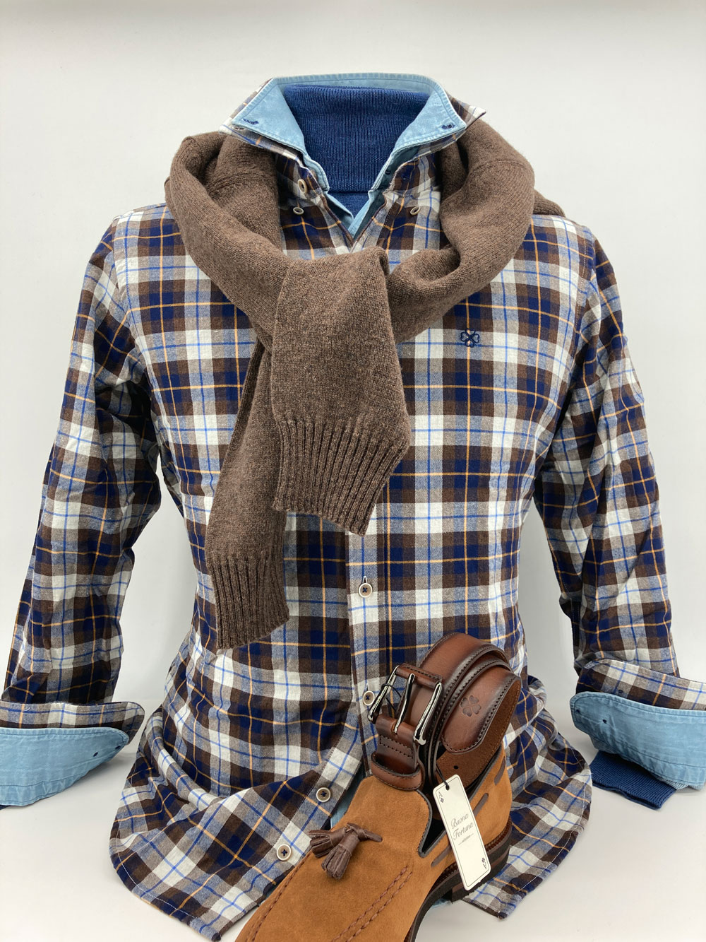 tienda online de ropa exclusiva de hombre camisas jerseis zapatos cinturones corbatas pashminas